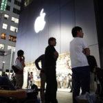 В мире начались продажи новых iPhone