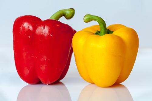 Красный и желтый перец витамин C