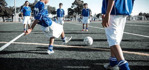 дети и футбол фото