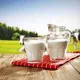 Может ли молоко у коровы быть НЕ БЕЛОЕ